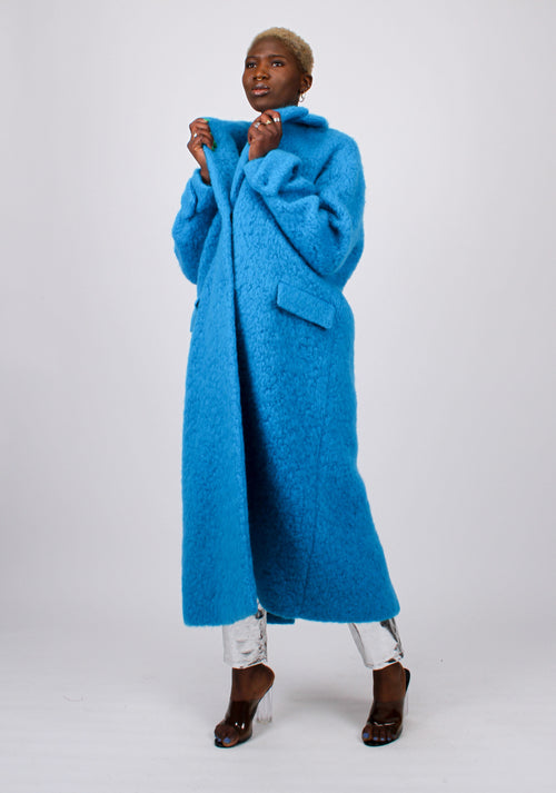 Single-breasted oversized coat
