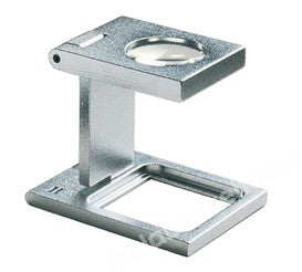 FOLDING MAGNIFIER LINEN TESTER X8 MAGN. SCALE 20MM SQUARE