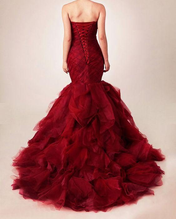 Red Gothic Sweetheart Wedding Dress