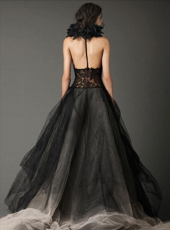Elegant Lace &Tulle Black Gothic Wedding Dress