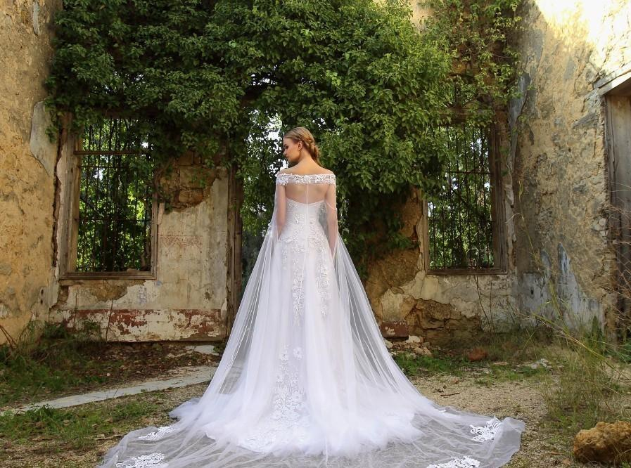 Long Vintage/ Gothic A line Wedding Dresses with Cape