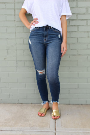 Saige Frayed Ankle Skinnies
