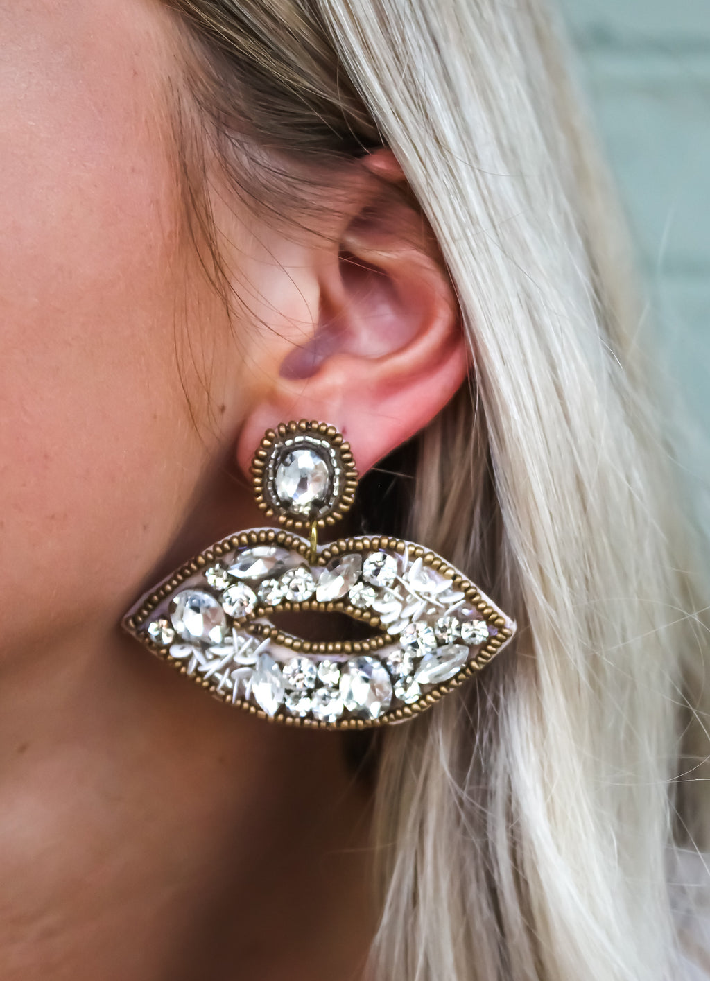 Faceted Stone & Sequin Lip Earring