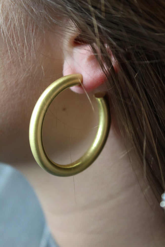 The Thick Hoop-Matte Gold