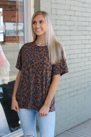 Basic Boyfriend Fit Leopard Tee