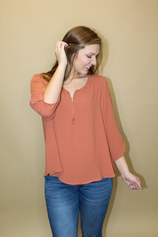 Zipper 3/4 Sleeve Top