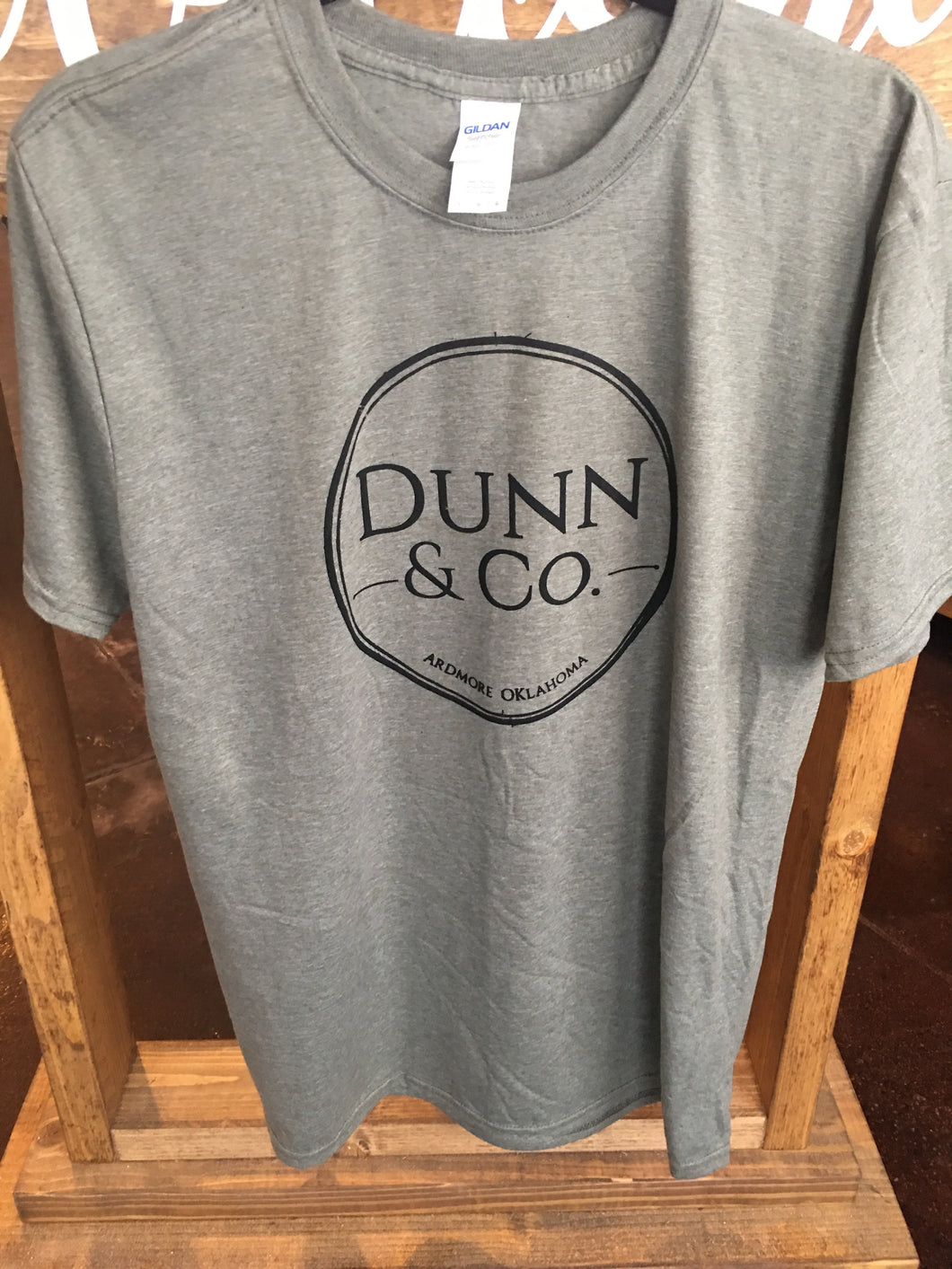 Dunn & Co. Screenprint Shirt - heather military green