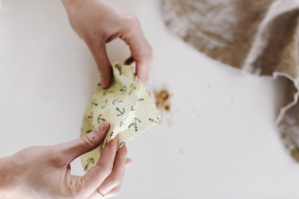 How to Fold a Medium Beeswax Wrap