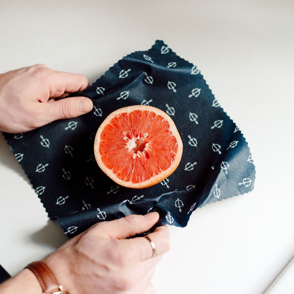 Goldilocks wraps medium navy used for grapefruit