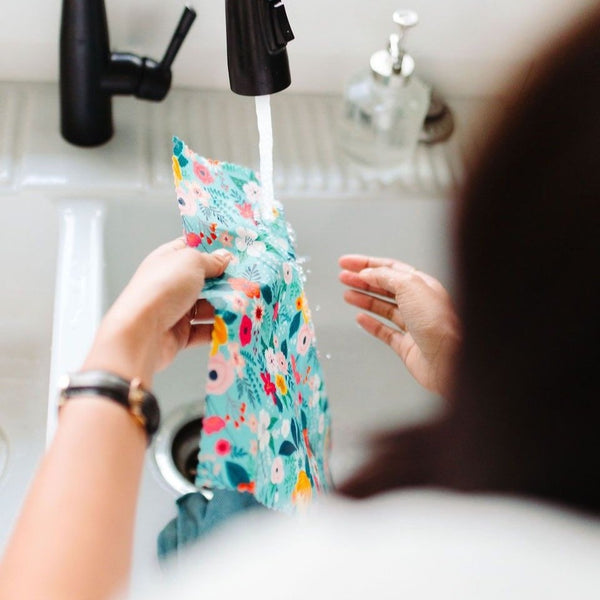 washing your goldilocks beeswax wraps