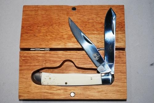 JB Outman White Bone Trapper w/ Wooden Case