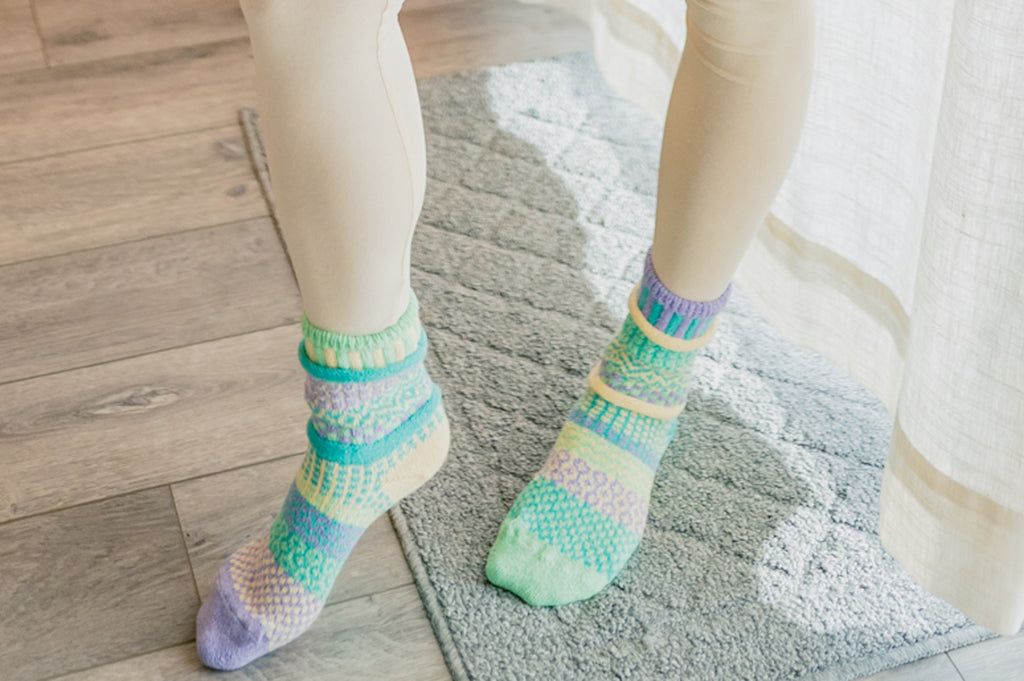 Chick-a-dee Crew Socks