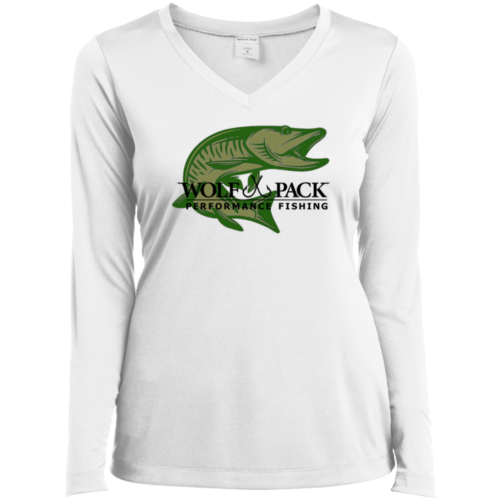 Musky Fishing Lady Performance V-Neck