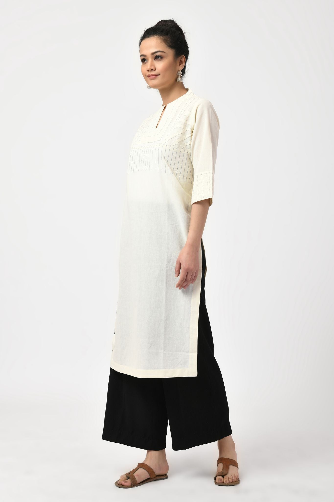 Applique Natural Kurta