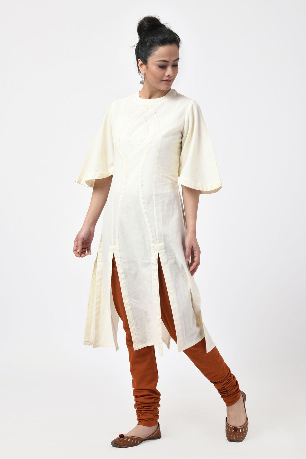 Applique Ivory Slit Kurta