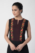 Load image into Gallery viewer, Black Kashmiri Embroidered Woven A-Line Slit Kurta