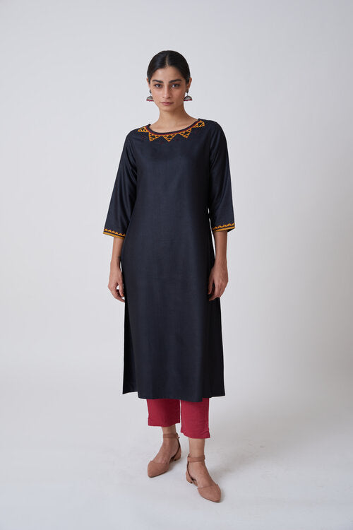 Black Boat Neck Embroidered Kurta