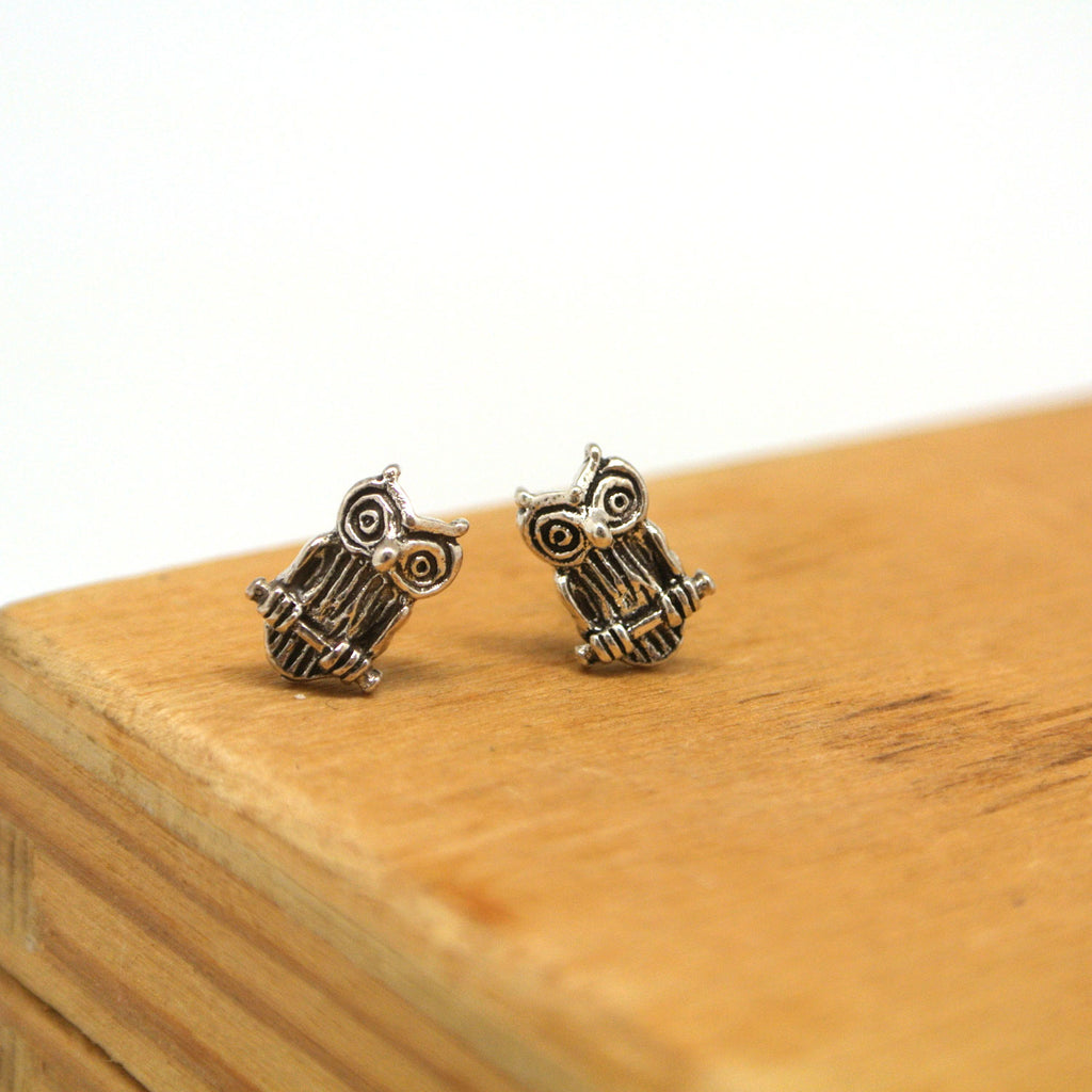twang and pearl sterlin silver stud animals owl