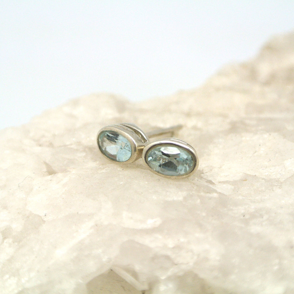 twang and pearl gem stone studs large blue topaz