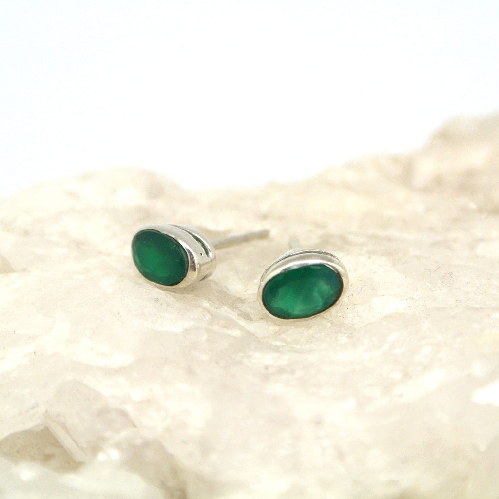 twang and pearl gem stone studs large green quartz