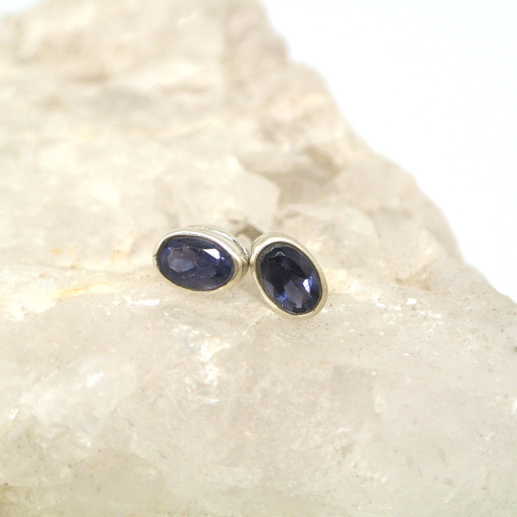 twang and pearl gem stone studs large lolite