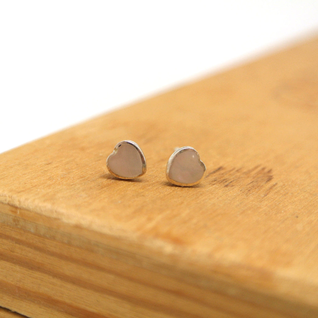 twang and pearl sterling silver studs hearts pink shell