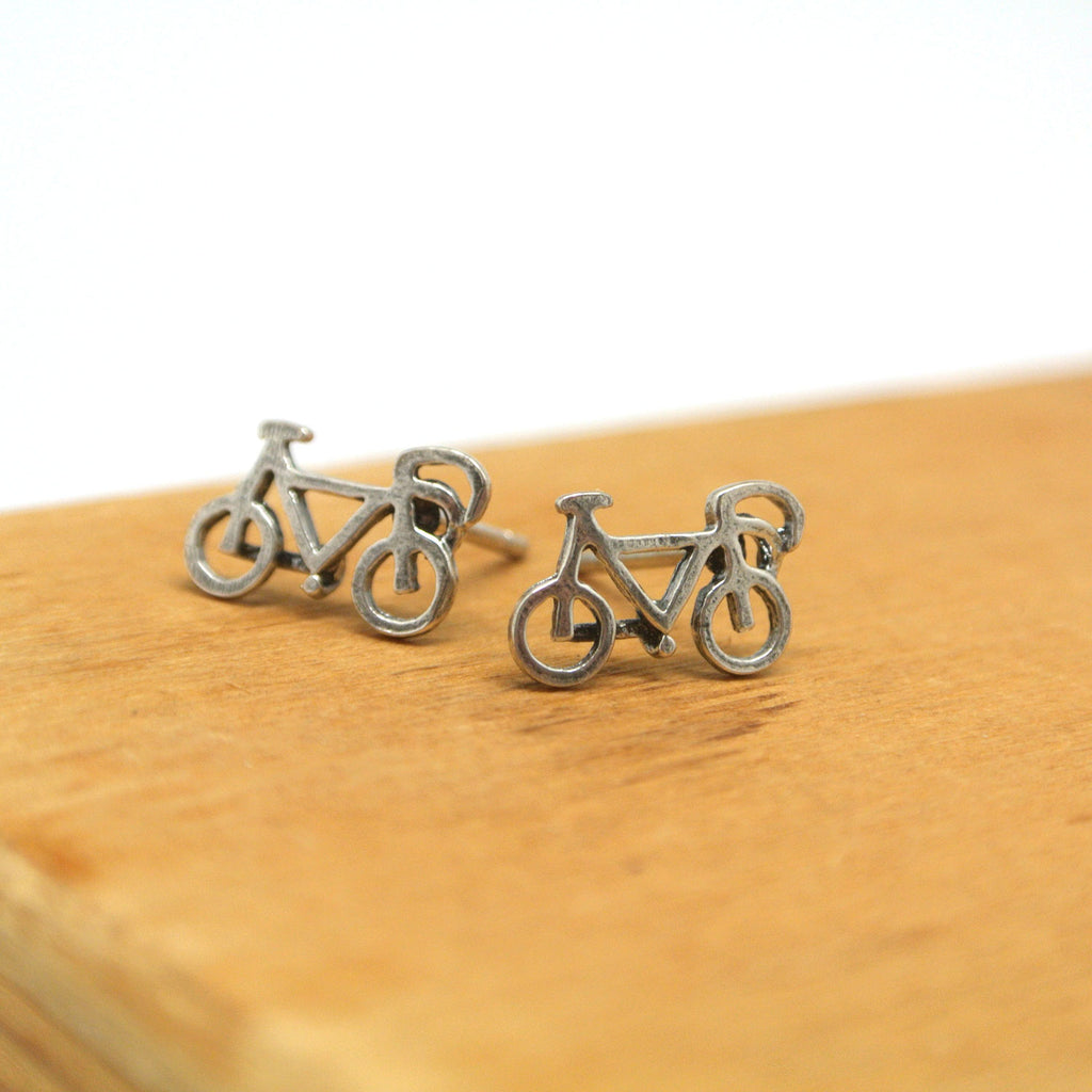 twang and pearl sterling studs hobbies bike