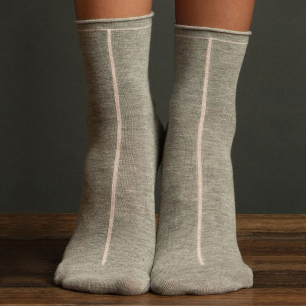 Lemon Front Seam Ankle Sock Heather Grey at Twang and Pearl