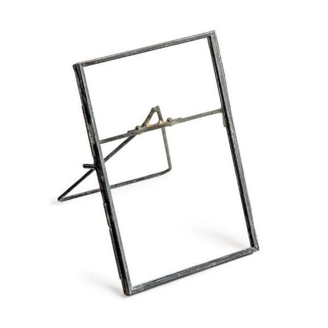 Sugarboo Vertical Frame with Stand at Twang and Pearl