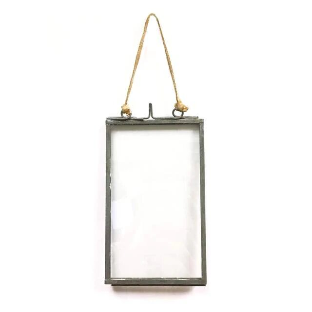 Sugarboo Mini Vertical Hanging Frame at Twang and Pearl