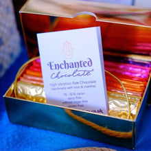 Raw Chocolate Enchantment gift box with 6 flavours & experiences