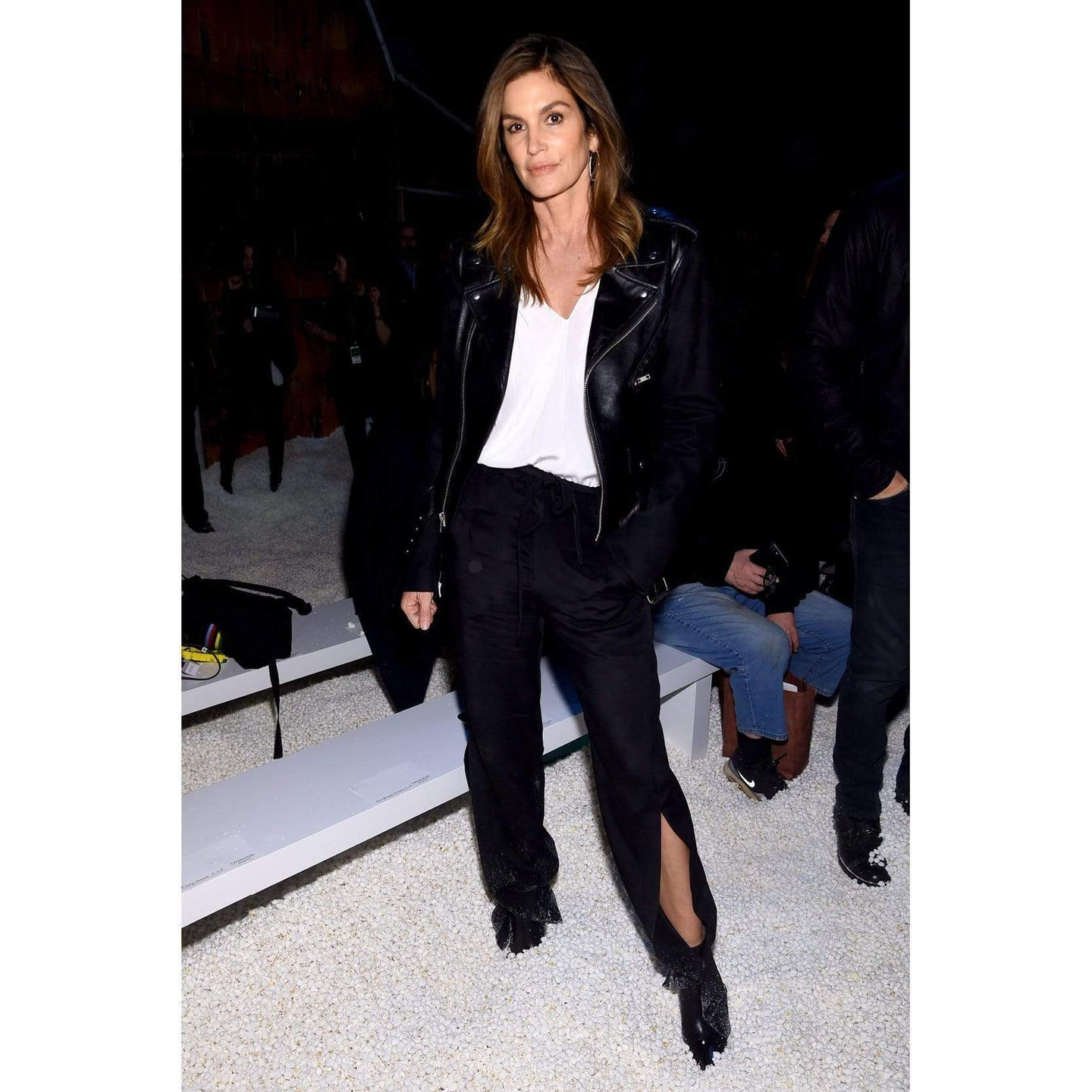 Cindy Crawford Wears Roland Mouret