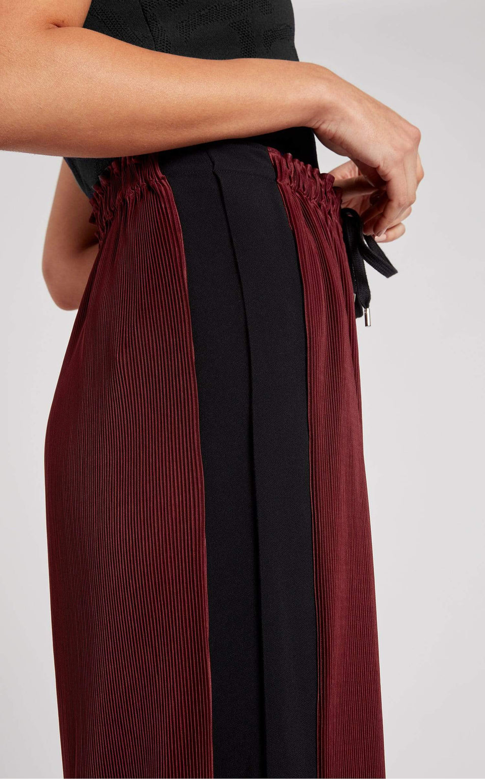 Haven Trouser In Cabernet/Black from Roland Mouret