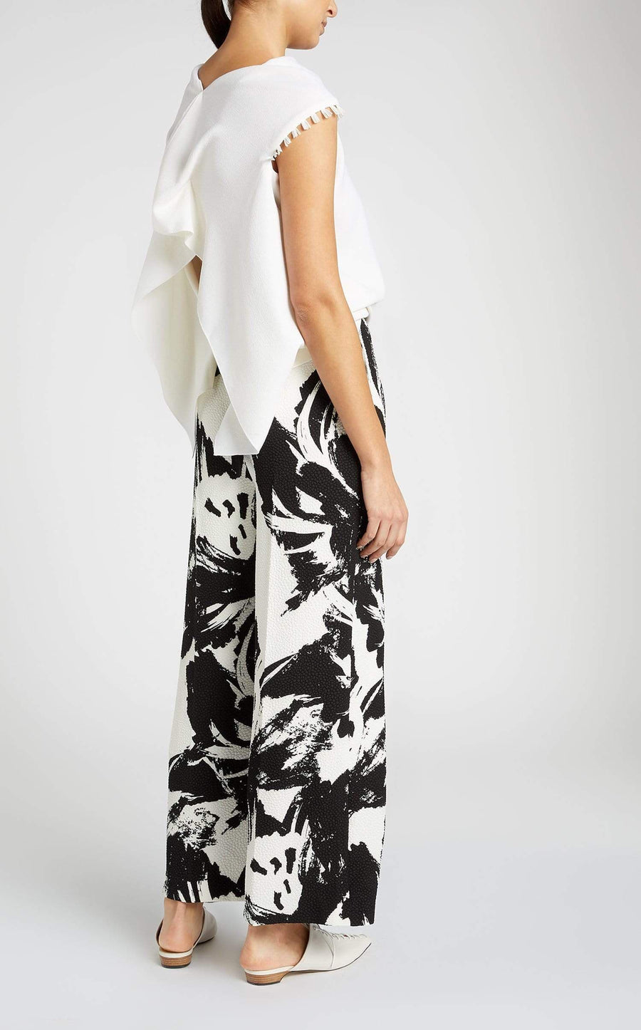 Meltham Trouser In Mono Large Painterly from Roland Mouret