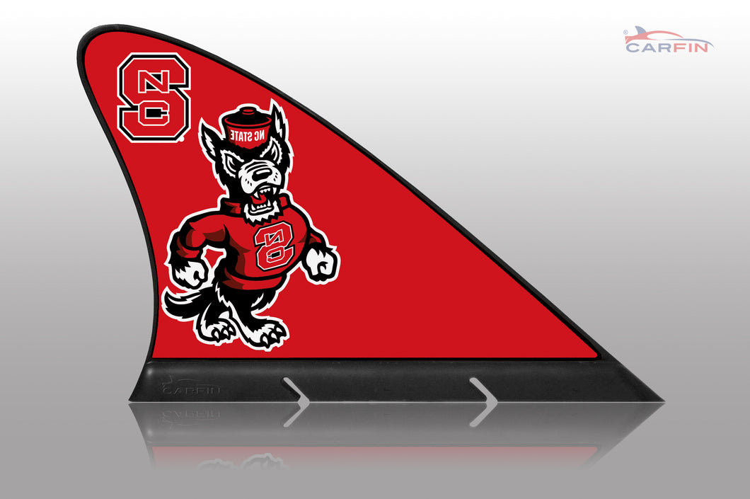 NC State Wolfpack Car Flag, CARFIN  Magnetic Car Flag.