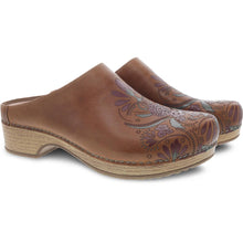 Dansko Brenda Clog - Tan Waxy Burnished 2
