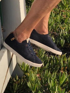 Saola Cannon Knit Sneaker - Navy lifestyle