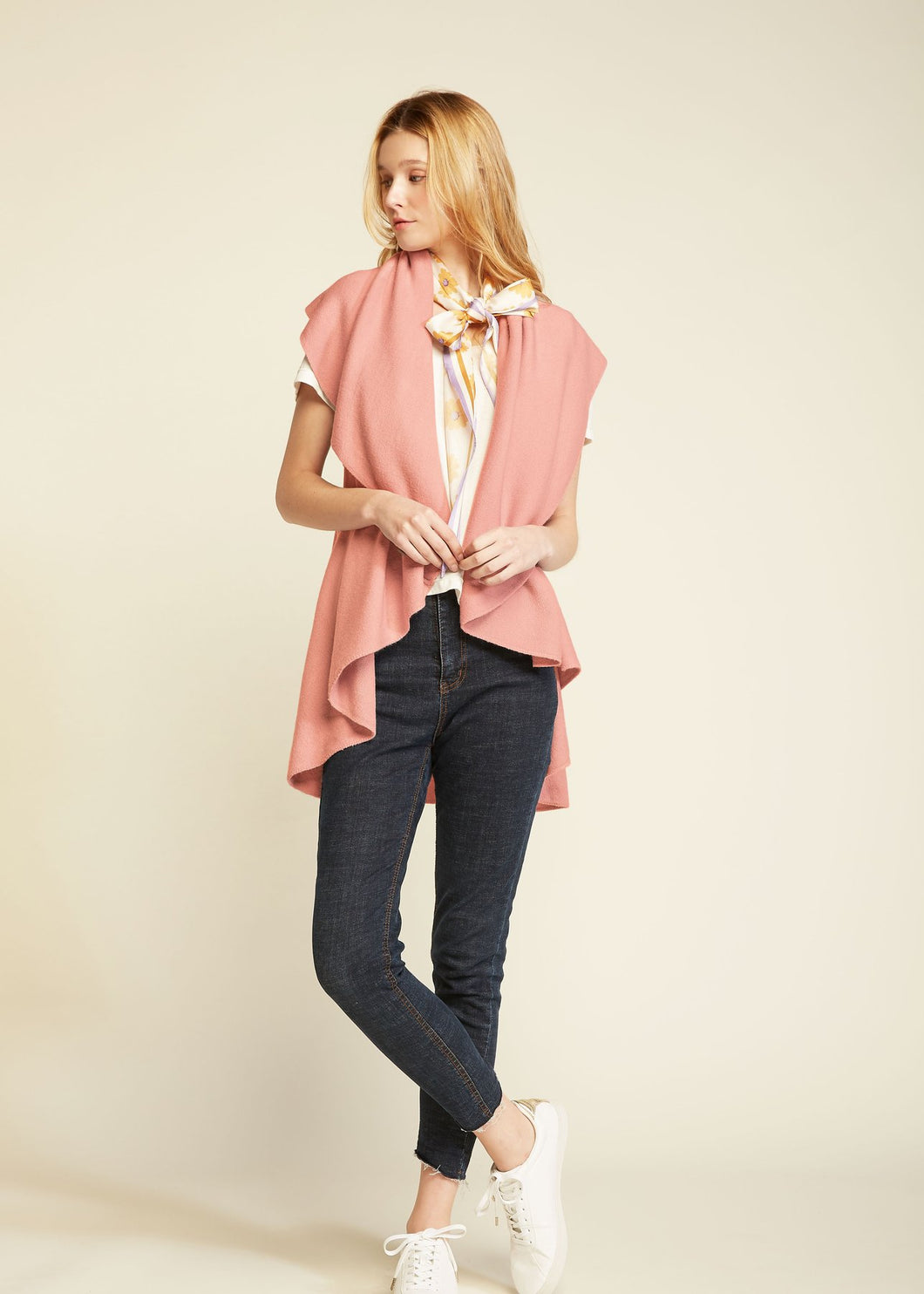 Look by M W Basic Shawl Vest Blush