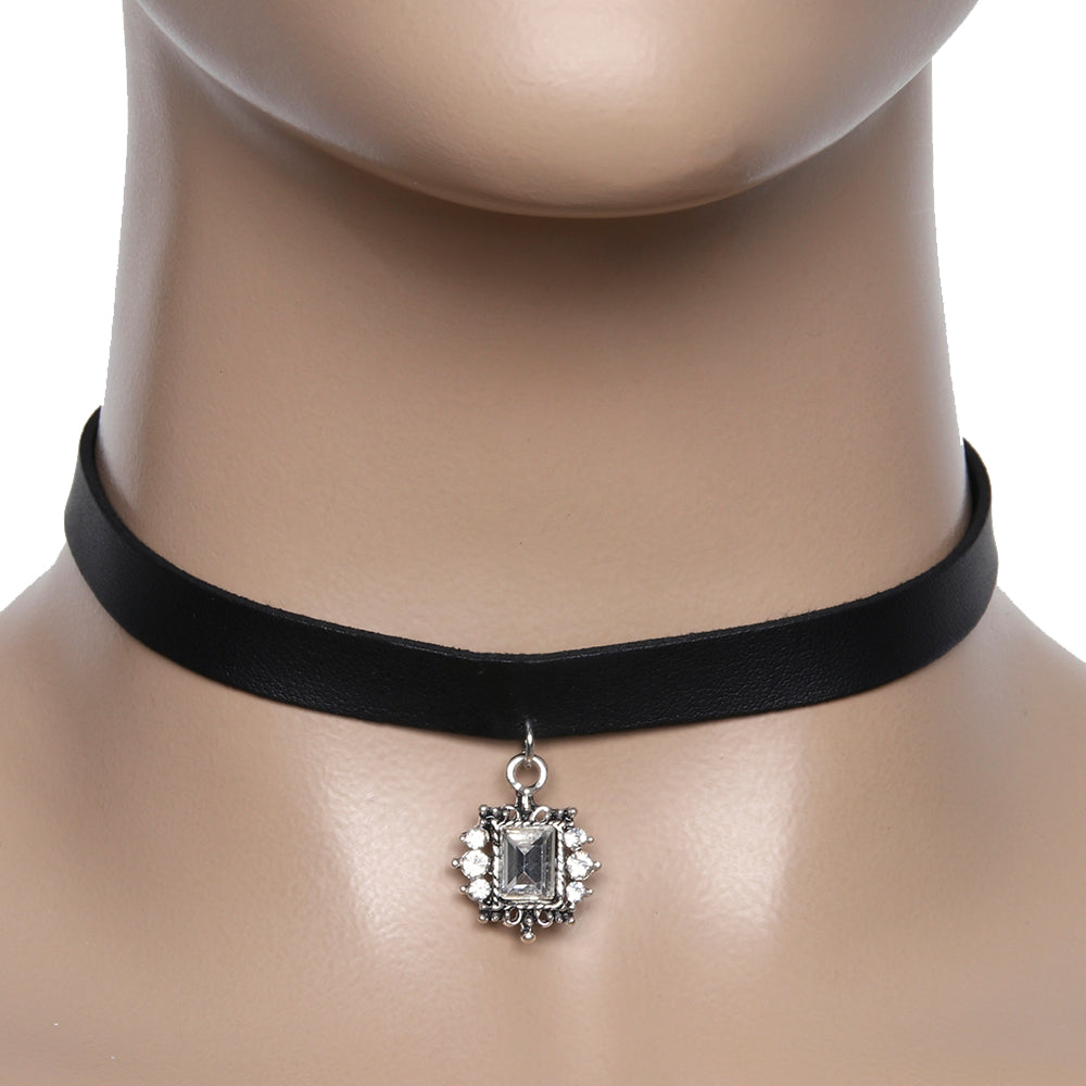 Choker with Jewel Detail