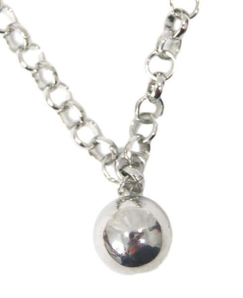 Silver Circle Ball Pendant Choker