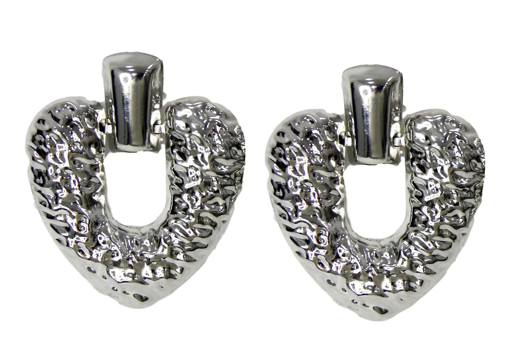 Silver Hammered Heart Earring