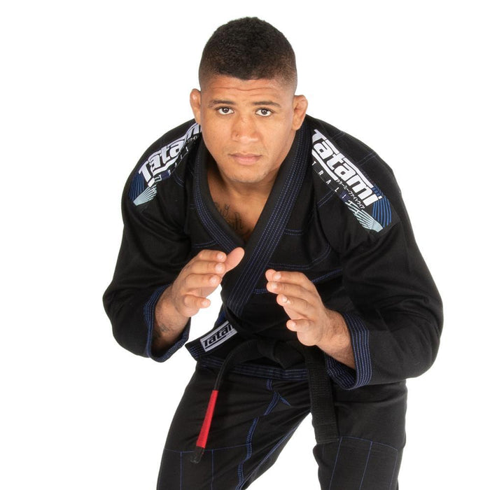 Tatami fightwear Elements Ultralite 2.0 Gi black front closeup