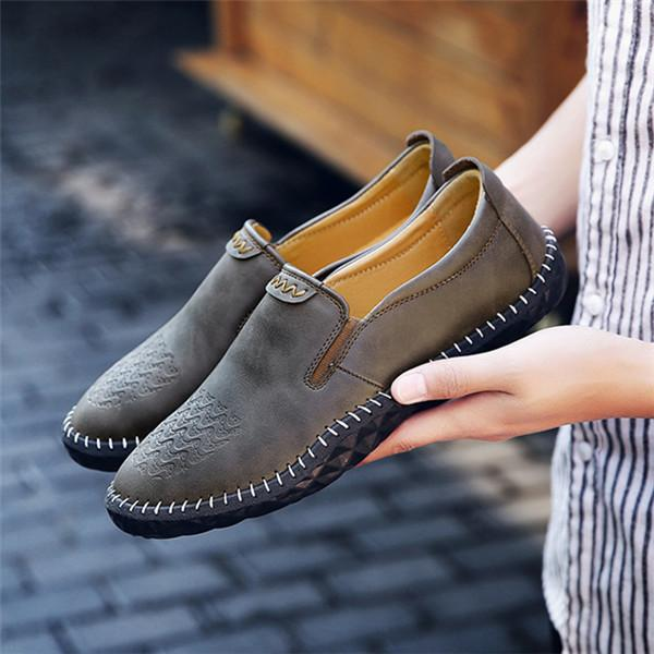 Men Stitching Leather Wear Resistant Non-slip Soft Sole Casual Shoes