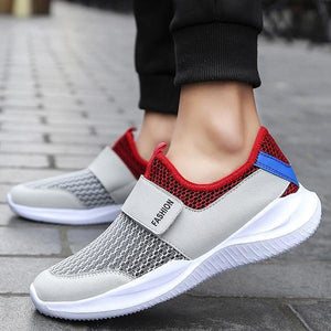 Large Size Men Mesh fabric breathable Lightweight Wear-resistant Sneakers