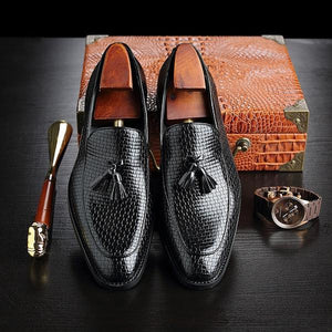 Large Size Men Vintage Leather Lace Up Casual Shoes