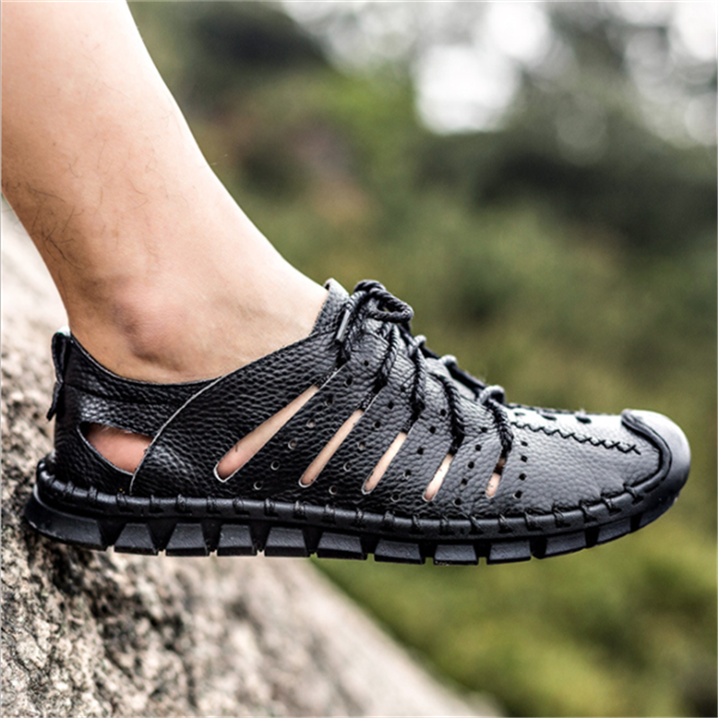 Men Hand Stitching Closed Toe Water-friendly Leather Sandals