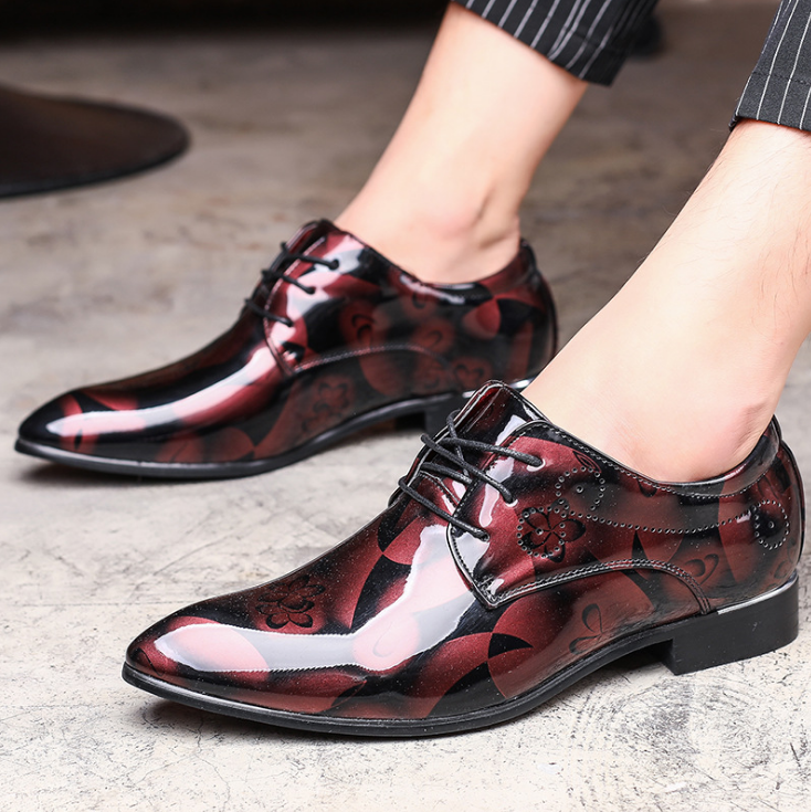 Men Classic Lace Up Floral Pattern Leather Shoes