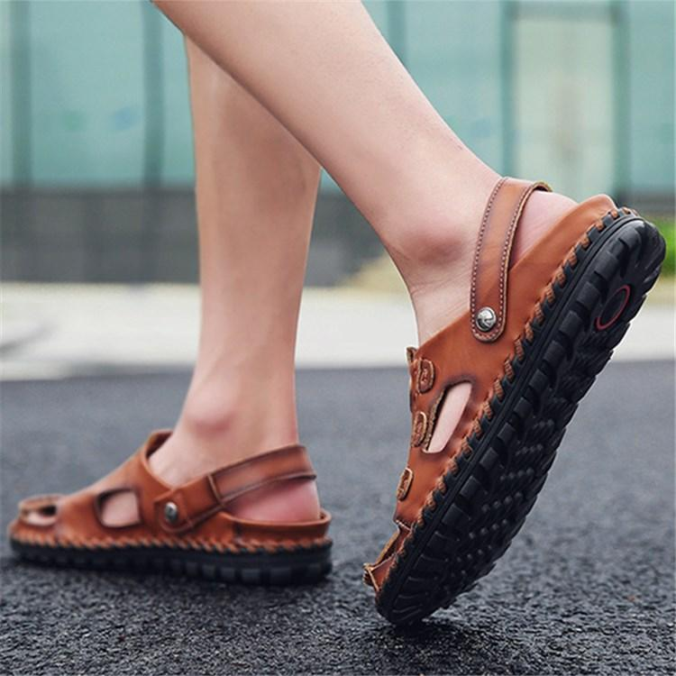 High quality Men sandals Outdoor male Genuine leather Shoes Summer Men Slippers Breathable Sandals