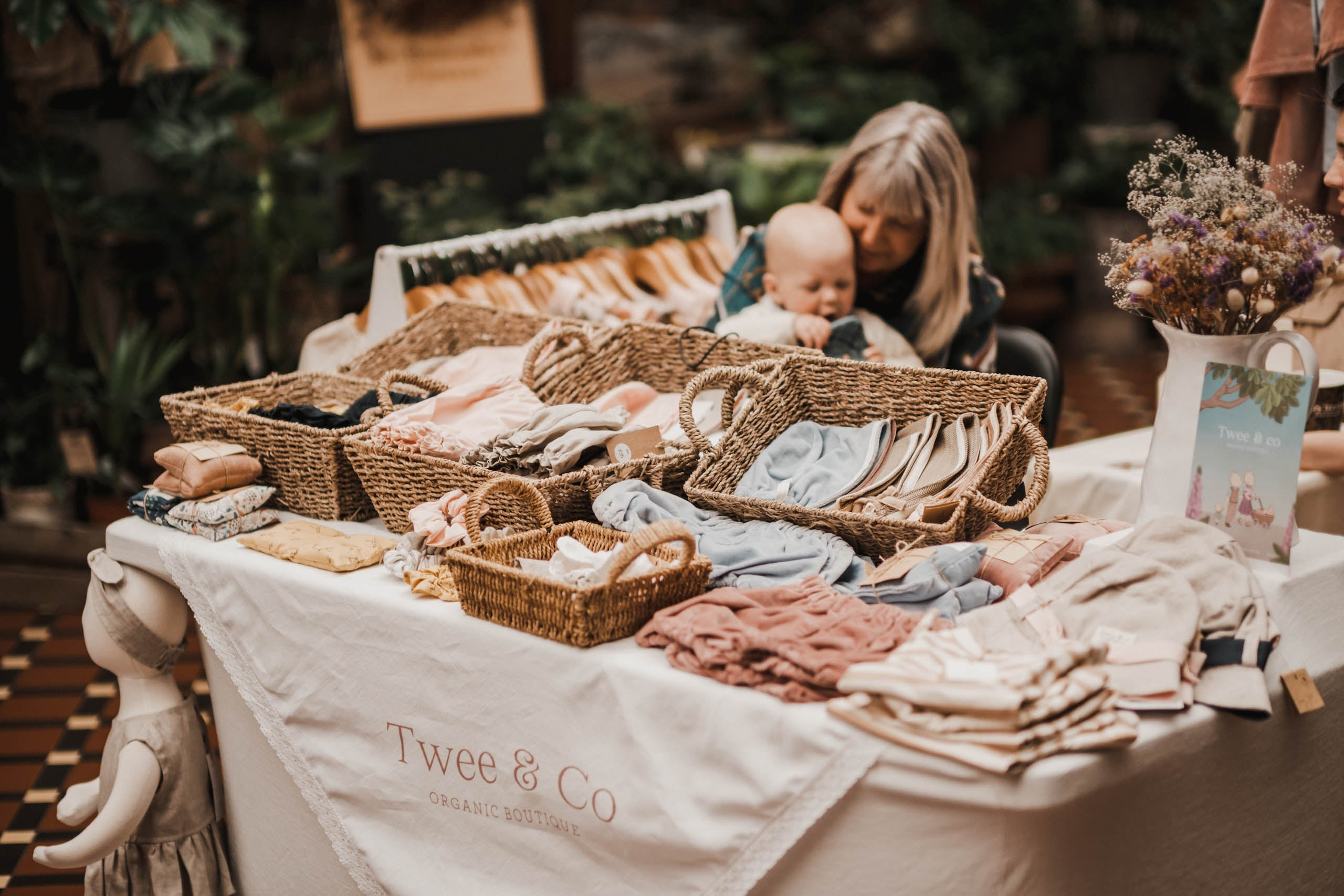 Visit Twee & Co at local Markets