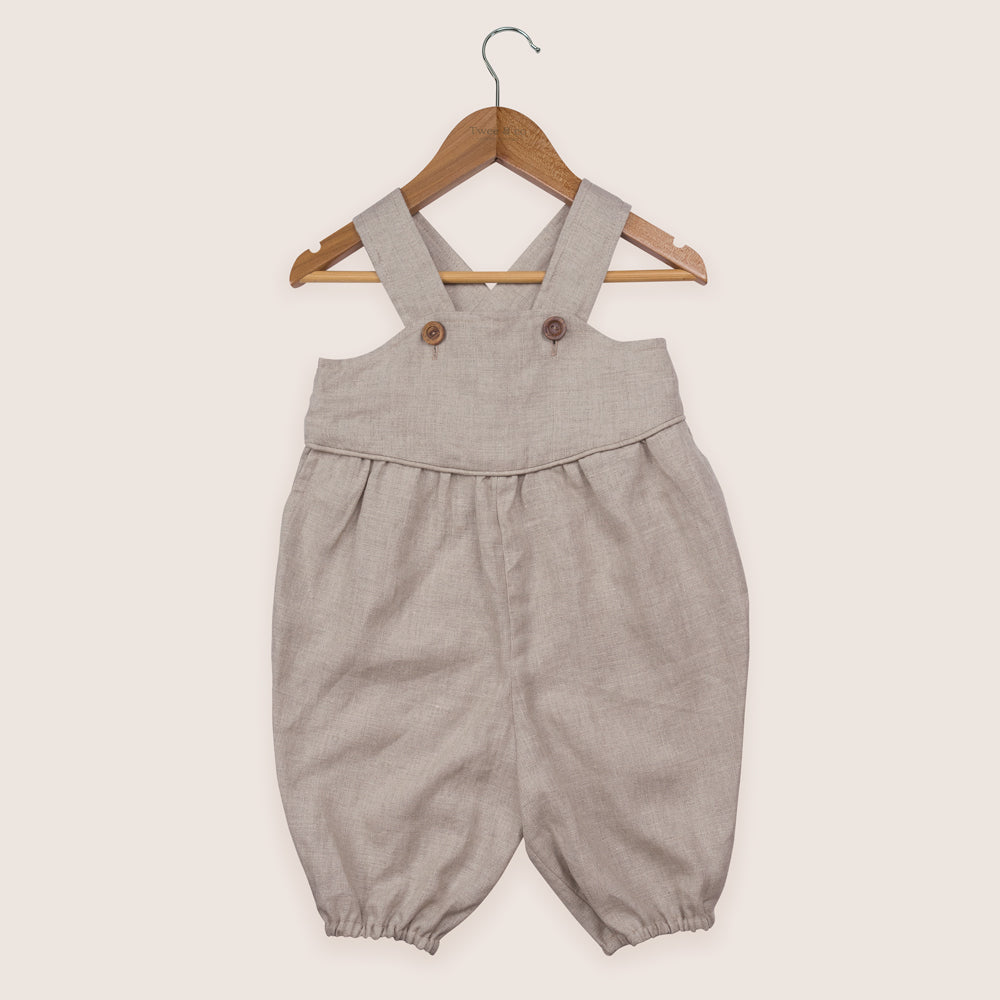 Twee & co's Francis Overalls are made from organic linen, made in New Zealand. This style is for boys or girls age 1-3